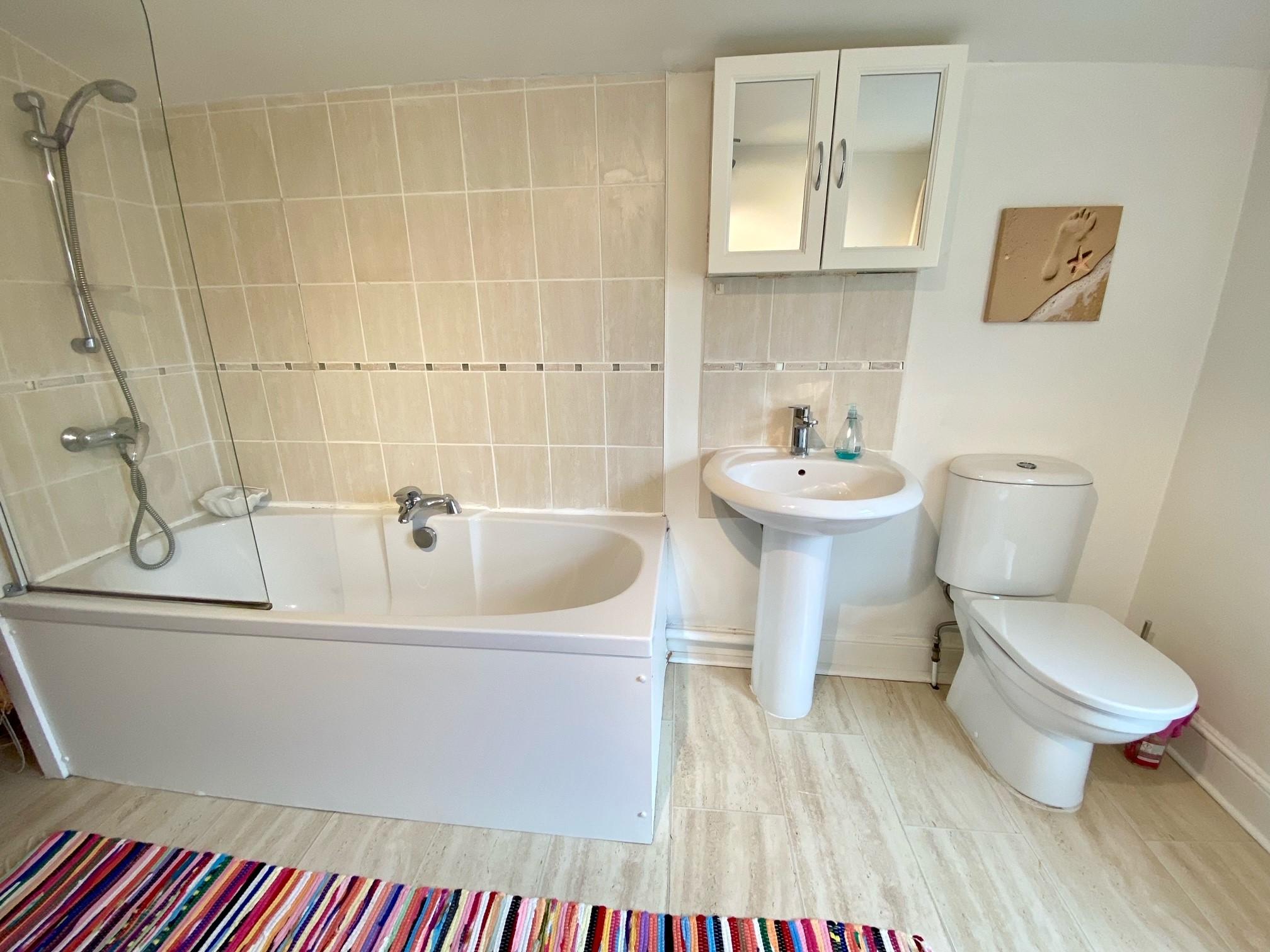Ruthies Bathroom