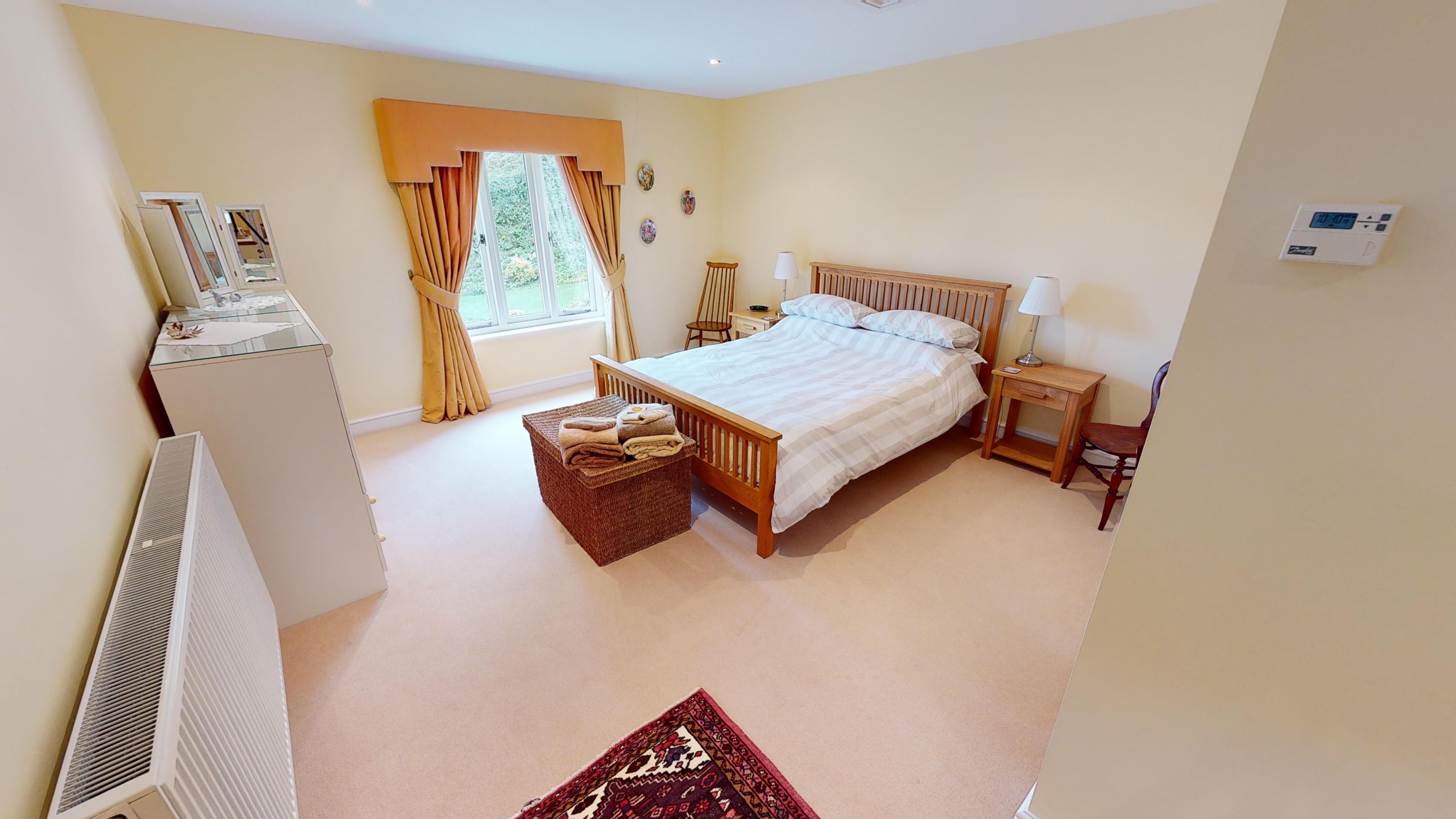 Coxes Cottage 03032020 175019 Coxes Bedroom
