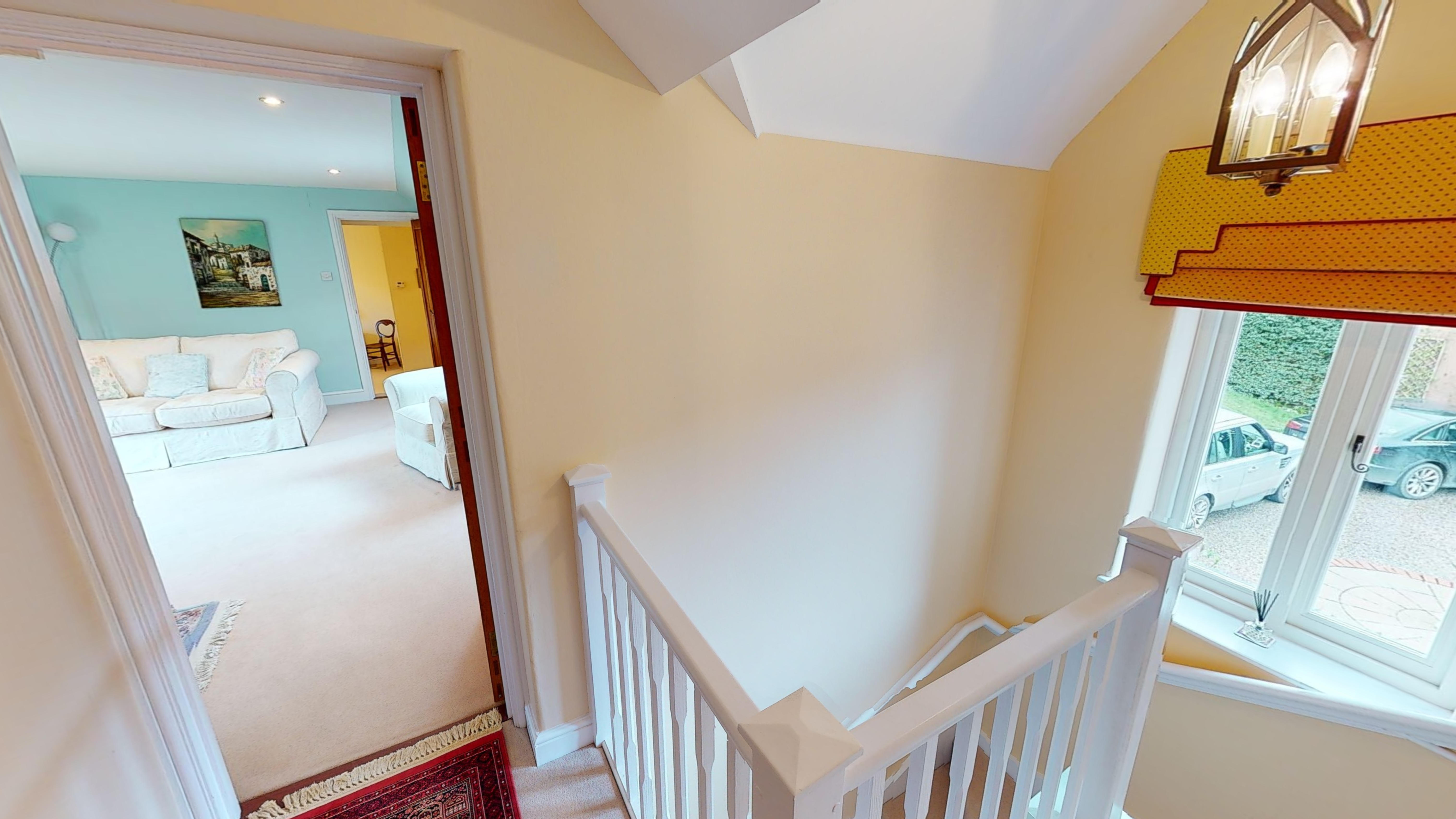 Coxes Cottage 03032020 192216 Hall