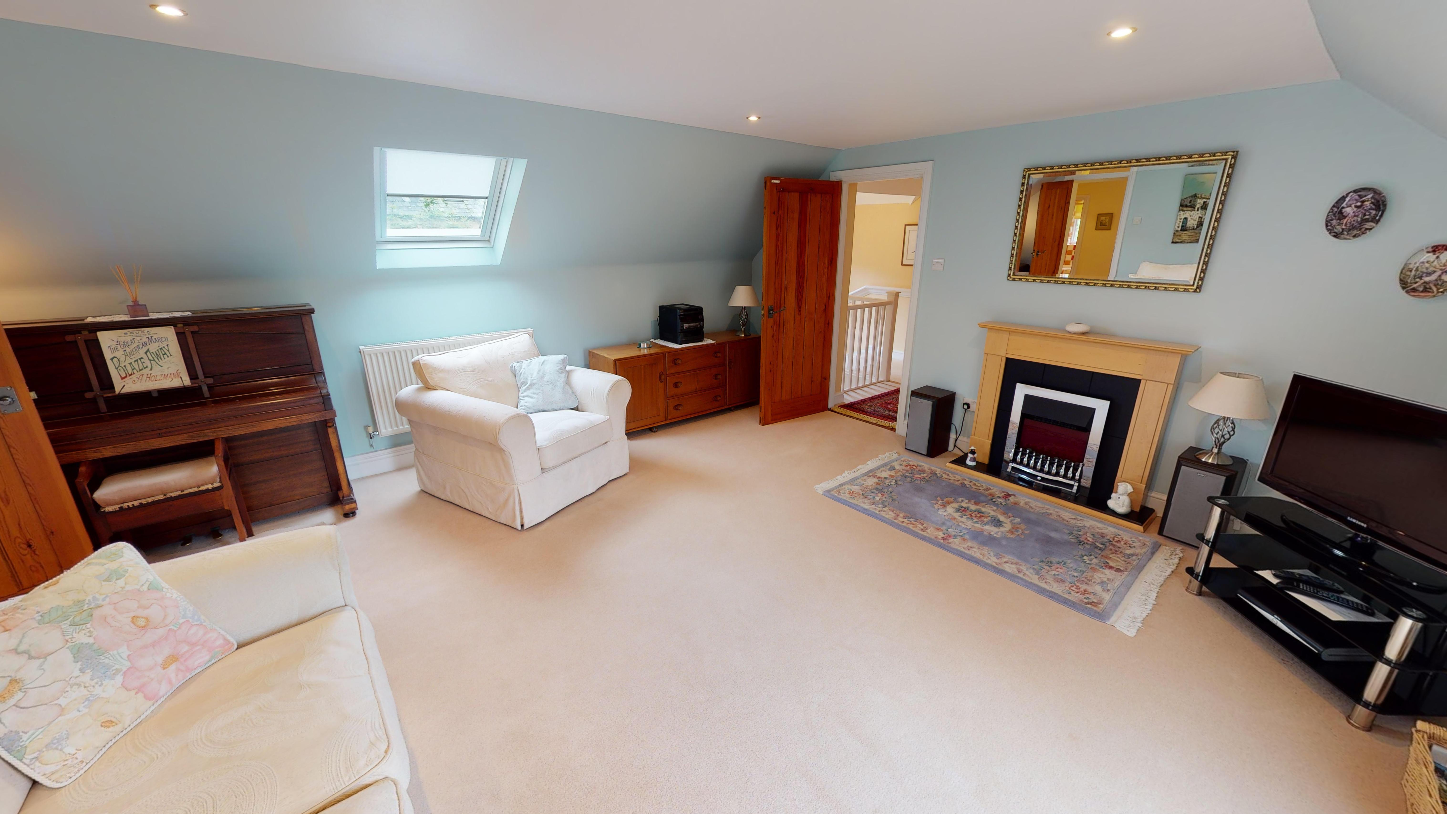 Coxes Cottage 03032020 192256 Lounge 4