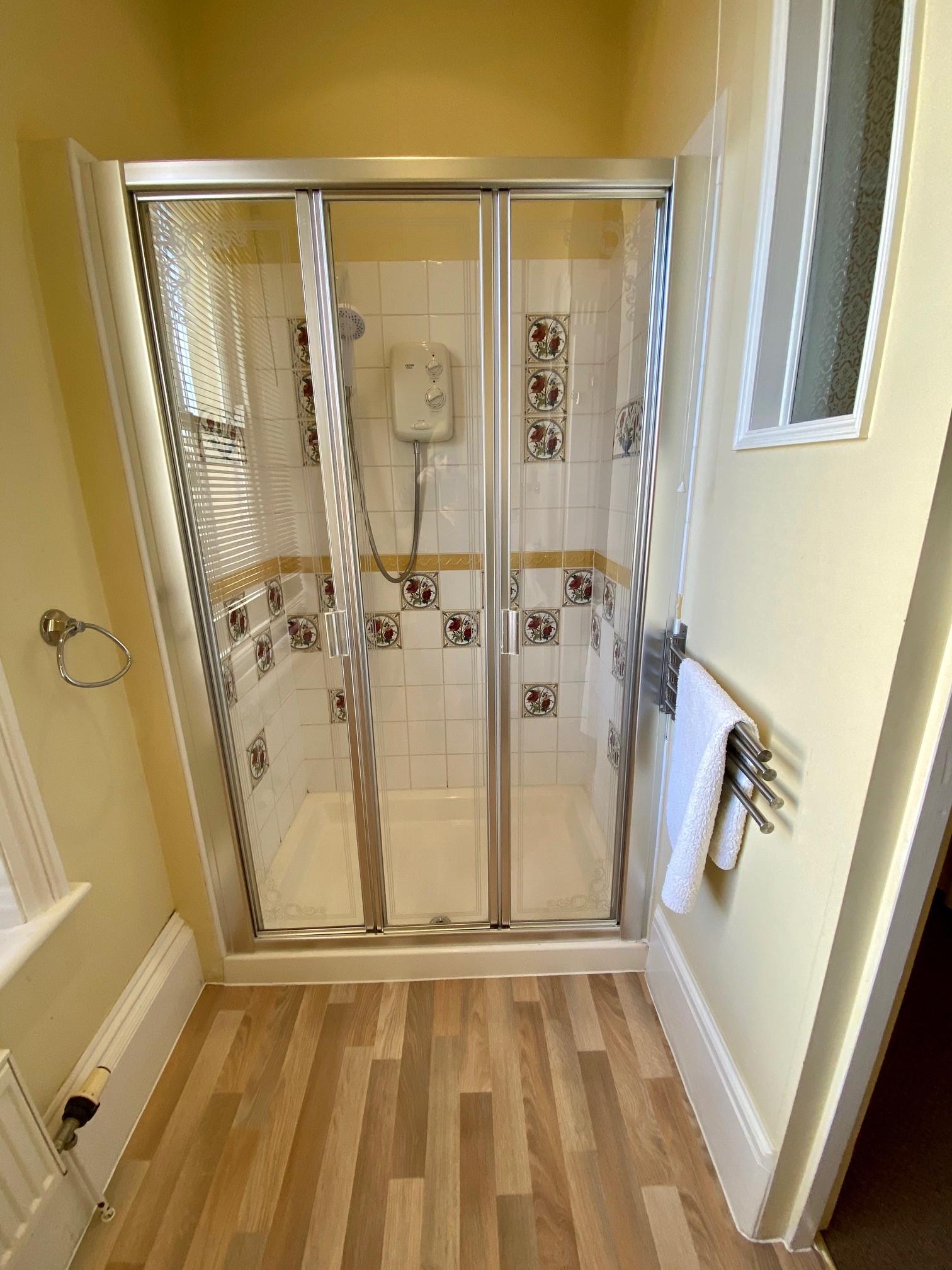 Merrifield Shower