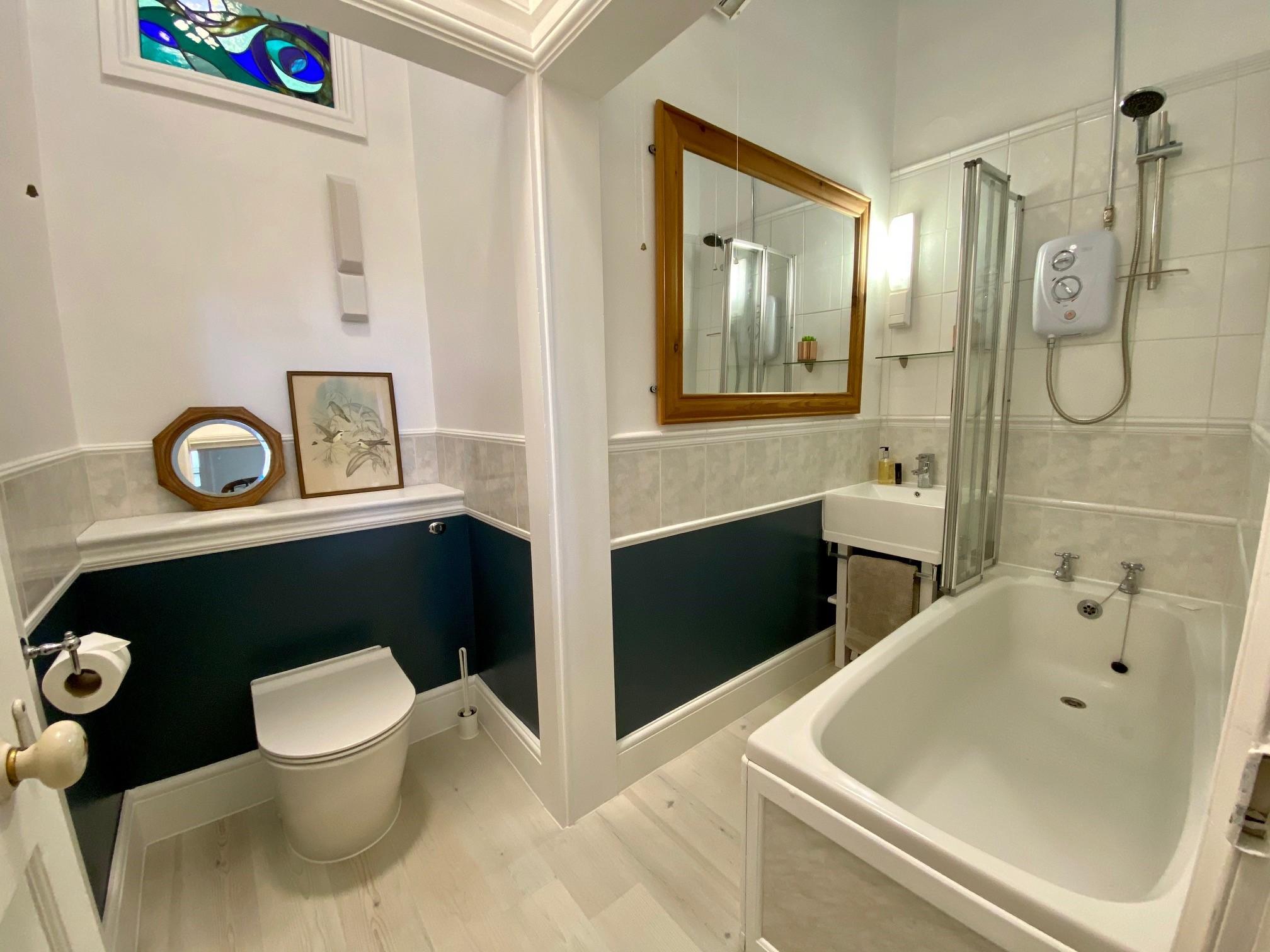 3 Beach Bathroom
