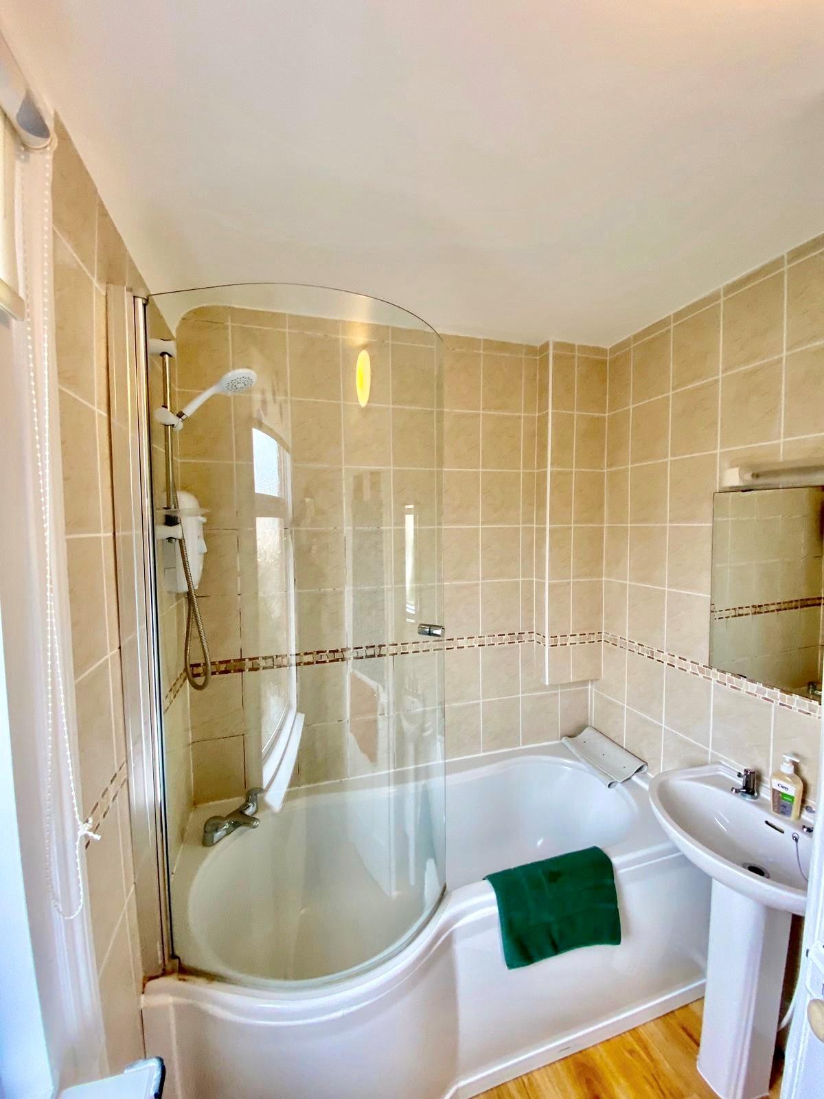 Tarn Bath