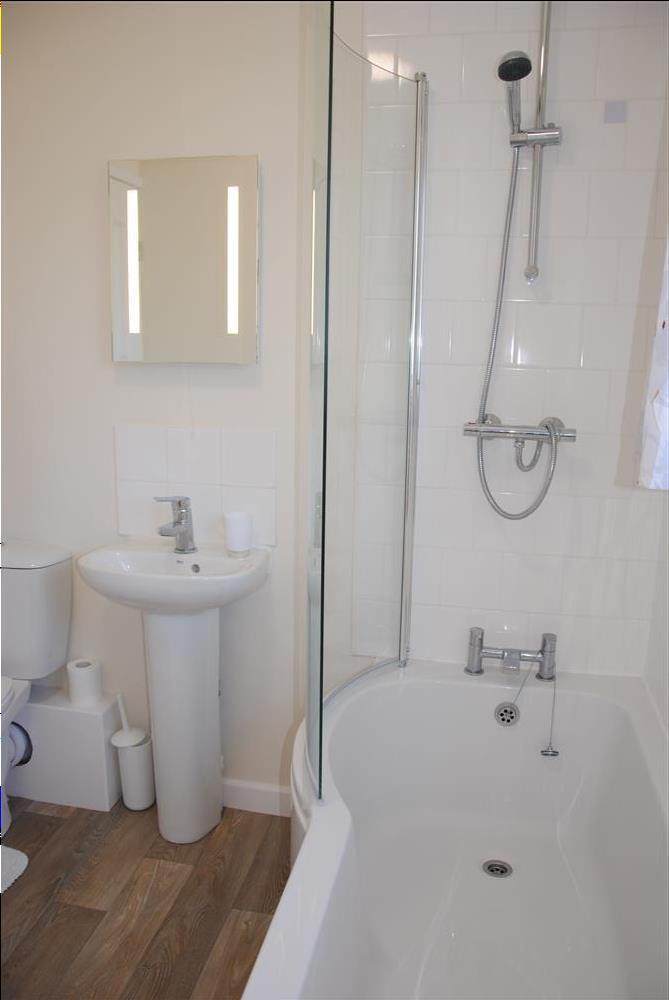 445Ref 445 Bathroom New