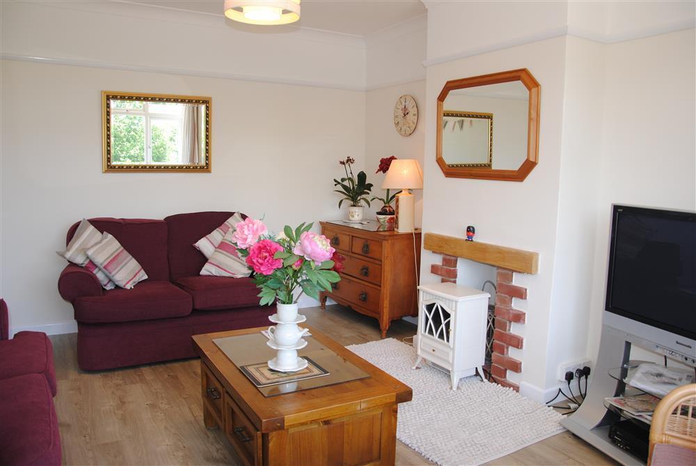 445Ref 445 Living Room New