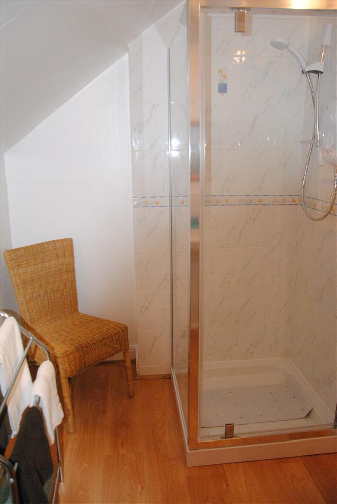 253Ref 253 Ensuite Shower Room