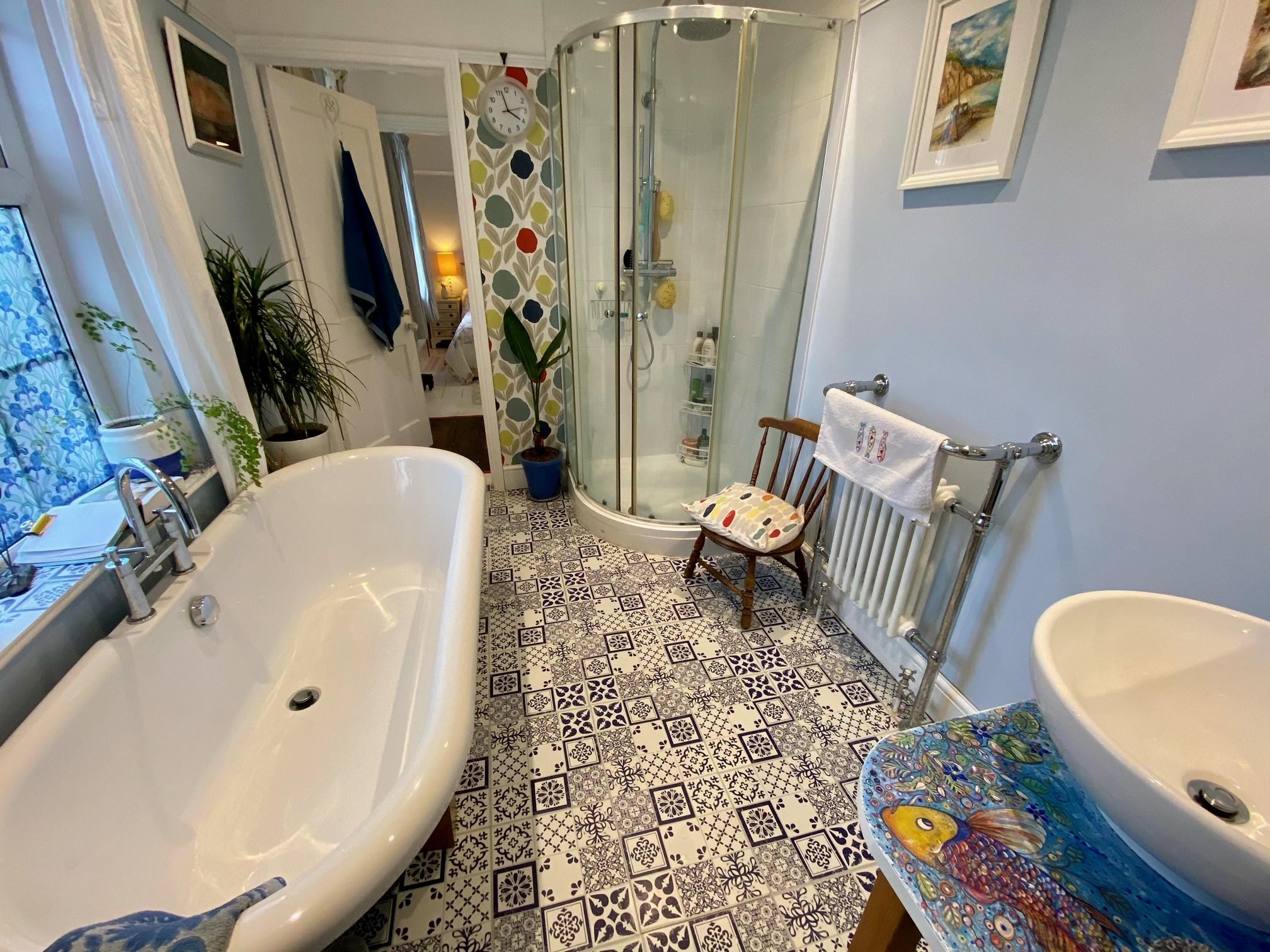 Woodrising Bathroom 1