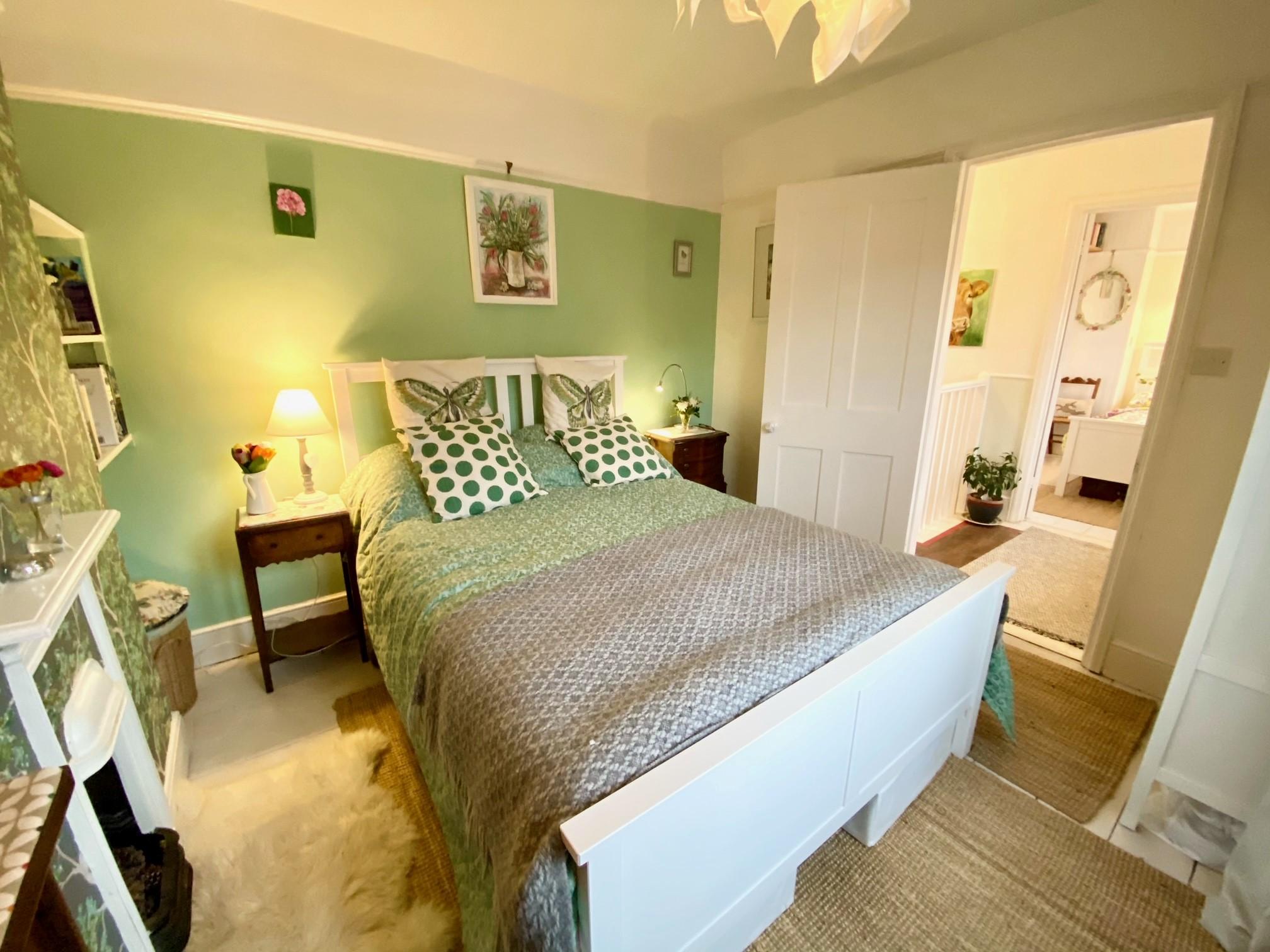 Woodrising Bed 1
