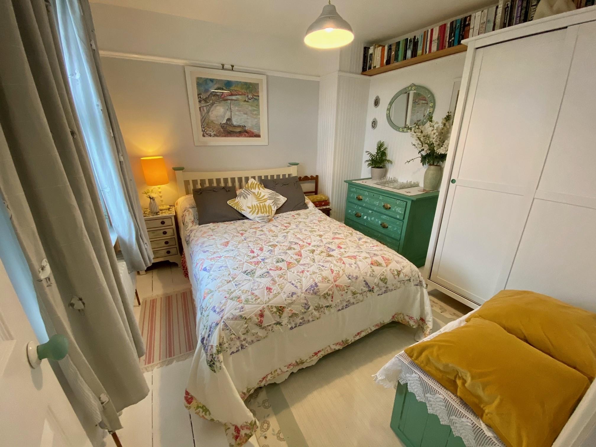 Woodrising Bedroom 6