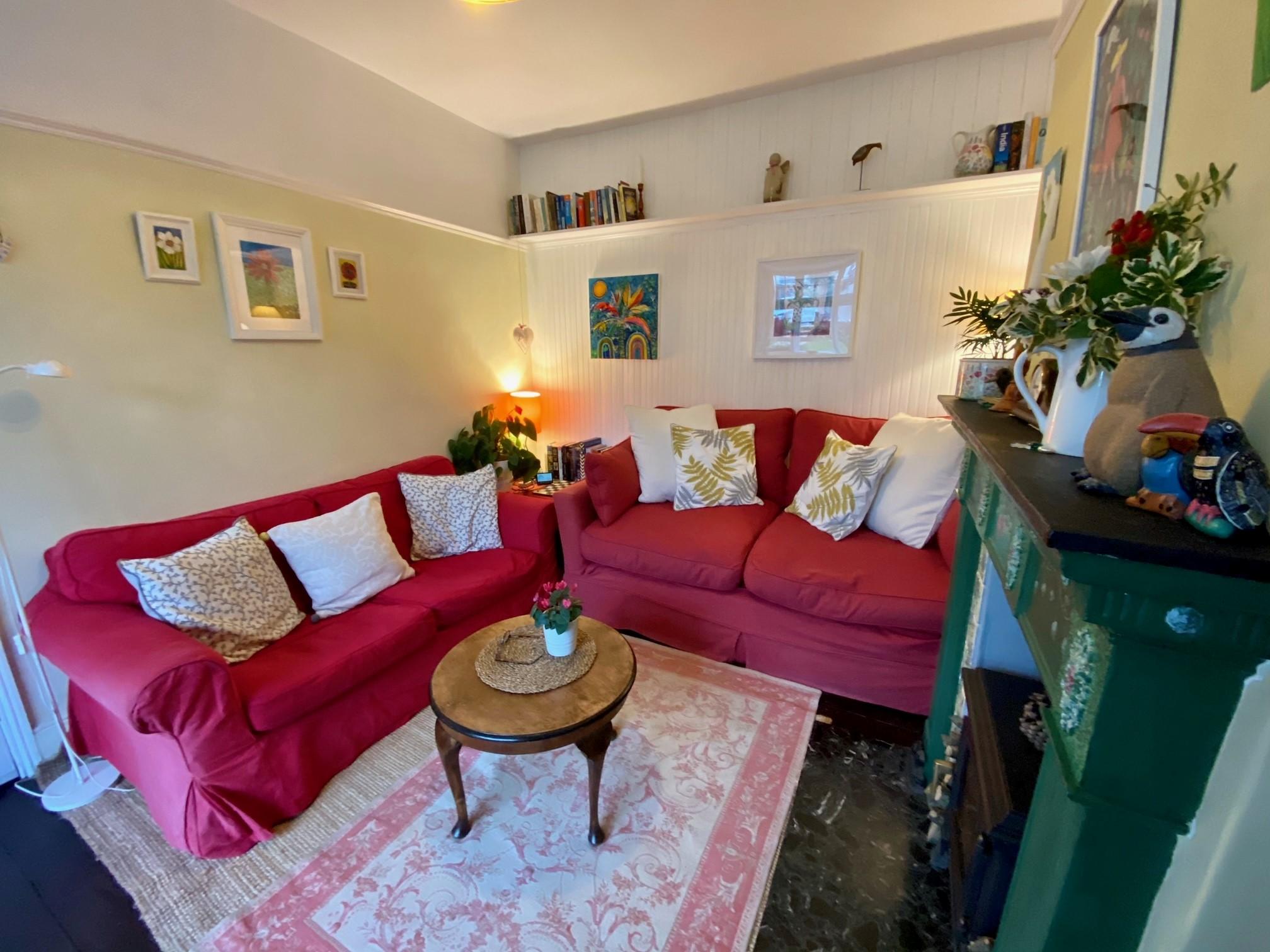 Woodrising Lounge