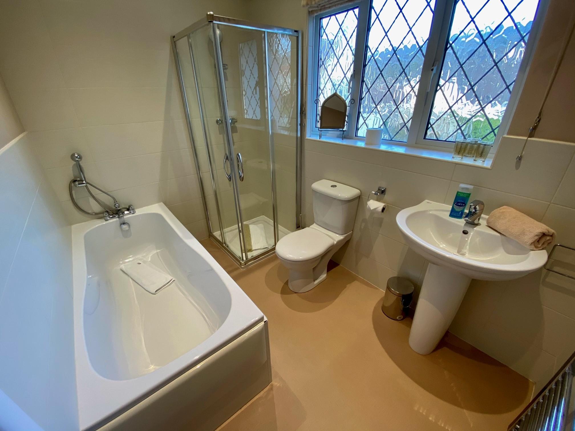 Dundridge Bathroom