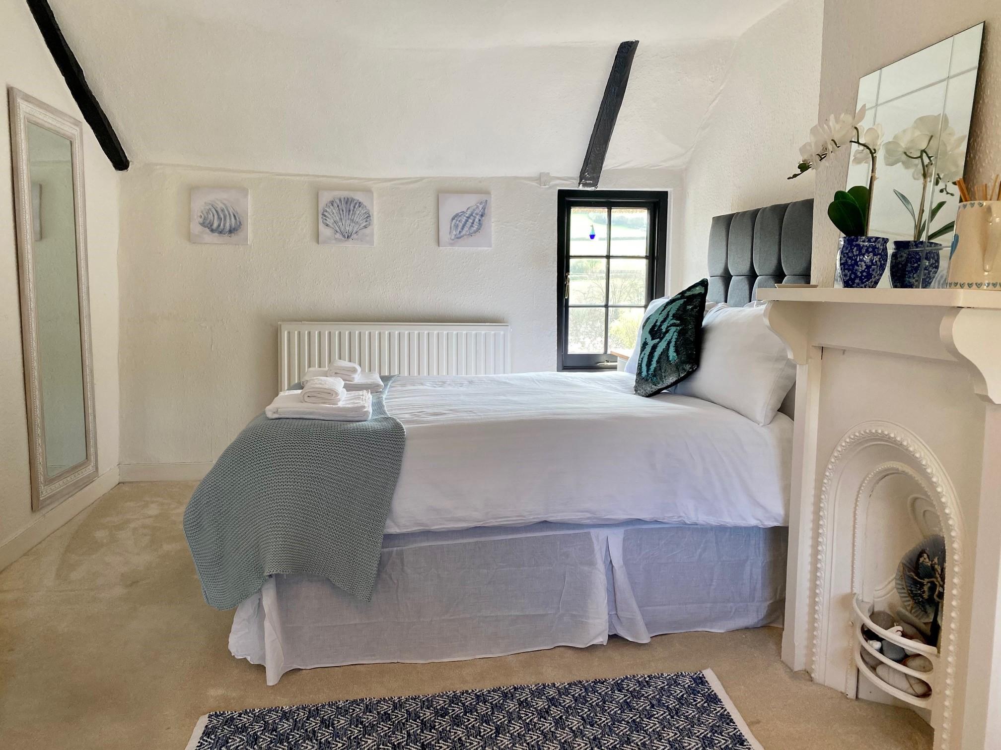 Jubilee Bed 2