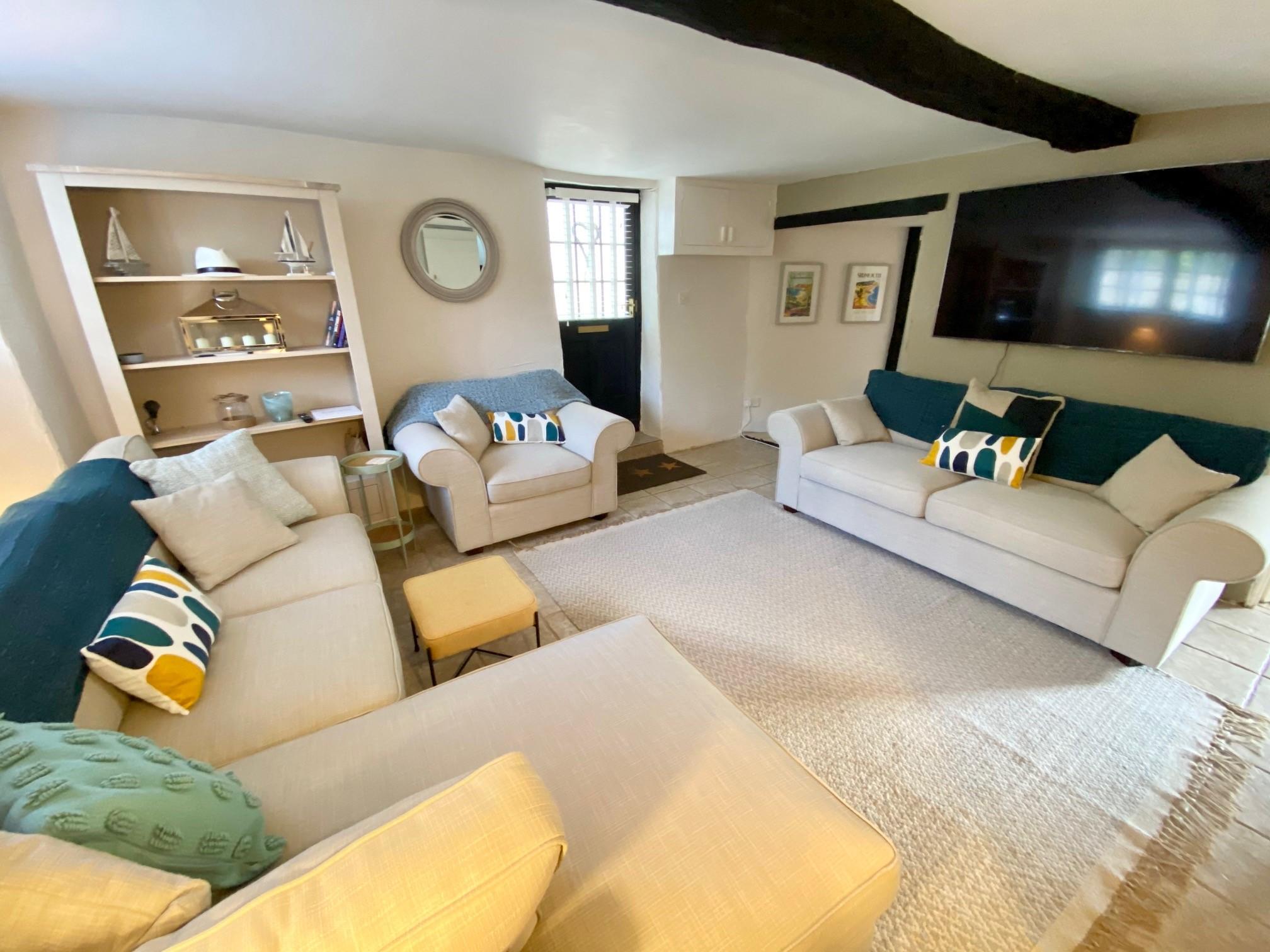 Jubilee Lounge 2