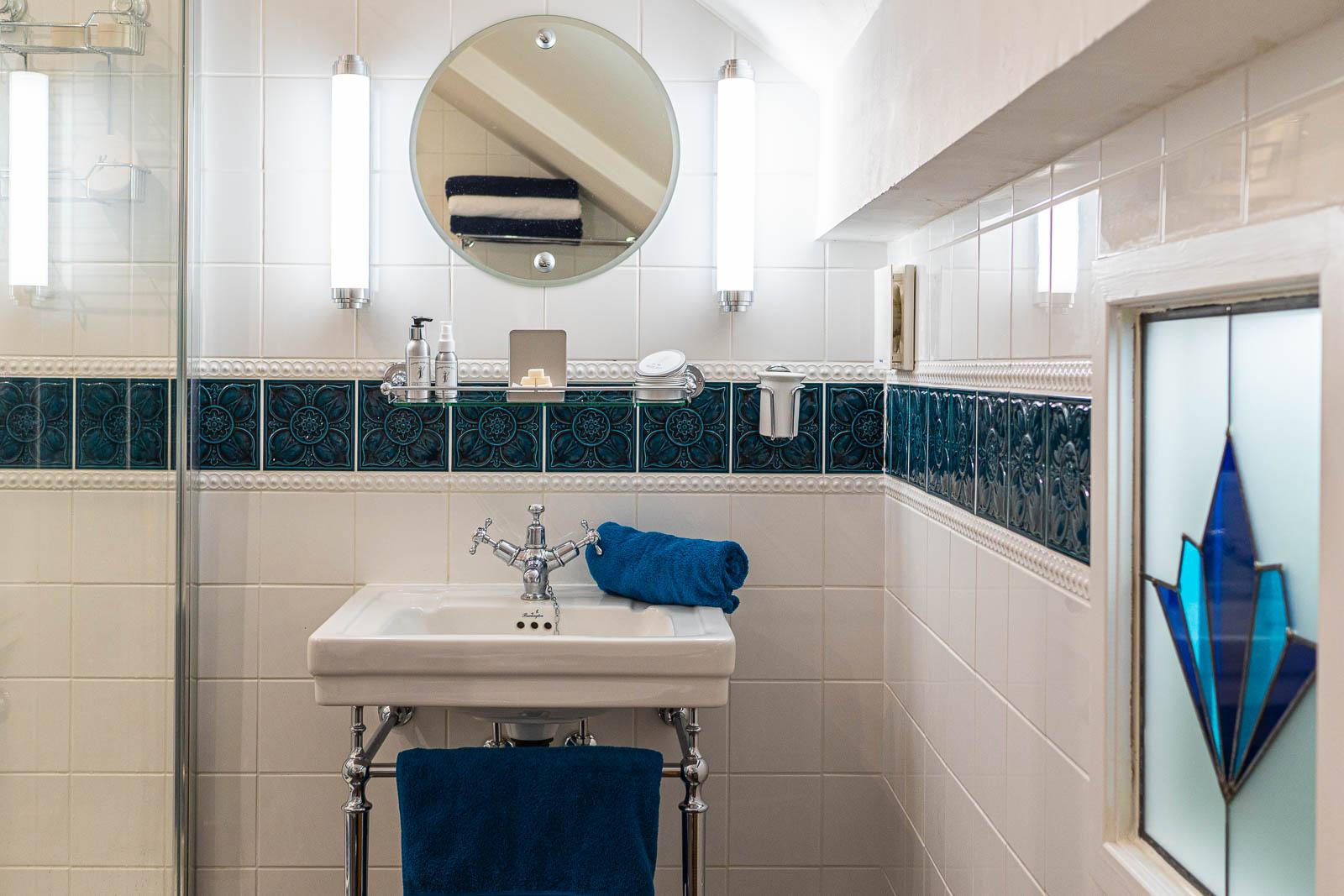 Fammily Bathroom