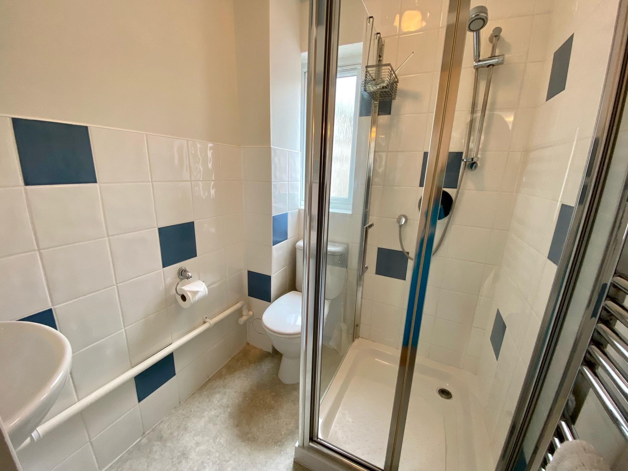 Seaview Shower